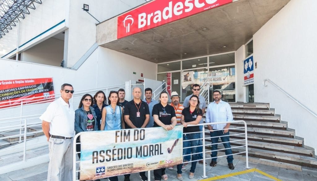 protesto-assedio-bradesco-180508-020