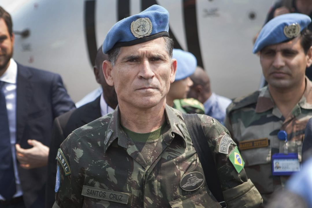 Newly appointed Force Commander, Santos Cruz, arrives in Goma airport , Goma, the 11th of June 2013.   © MONUSCO/Sylvain Liechti