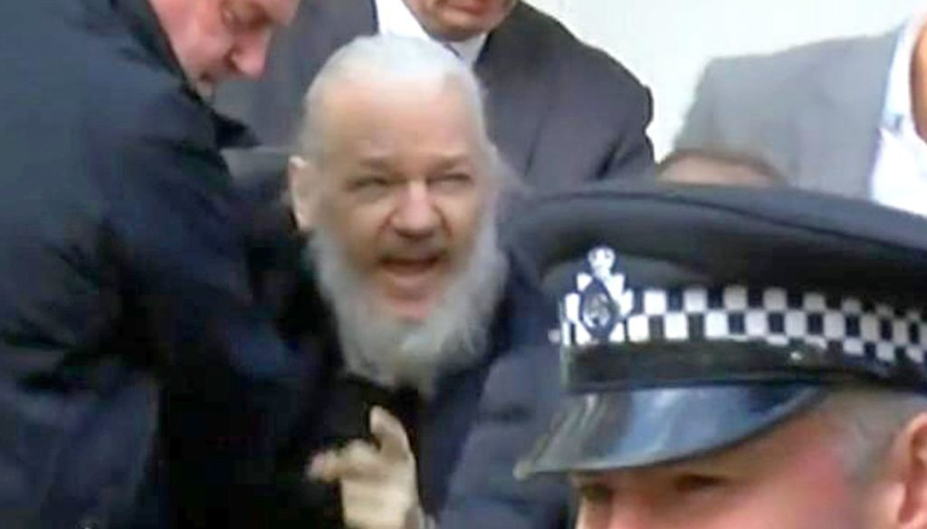 skynews-julian-assange-arrested_4635840