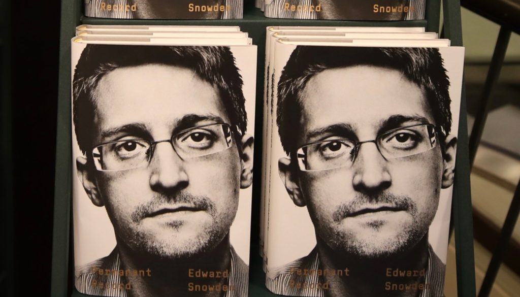 Snowden wants to return to US if he is tried fairly