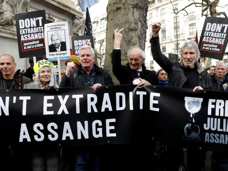 free assange roger waters
